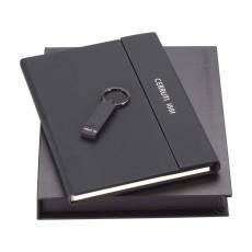 Набор: блокнот А5, брелок с USB-флешкой на 16 Гб 67185.16